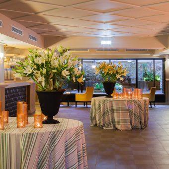 Vista del cóctel Lounge para bodas de Mestura Restaurante en Oviedo