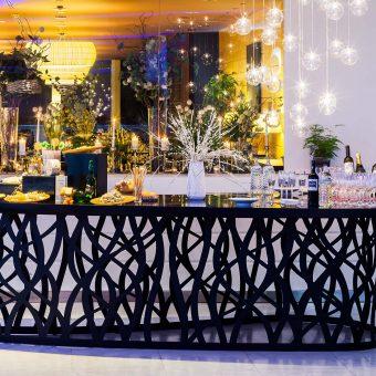 Mesa de quesos y bebidas para bodas de Deloya Restaurante en Oviedo