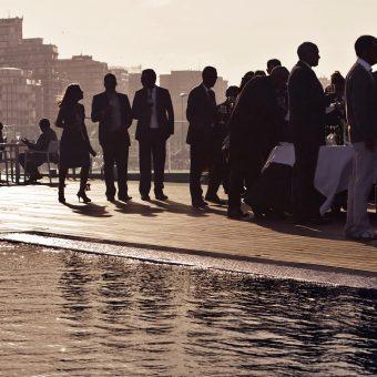 Terraza de Avant Garde en Gijón durante la celebración de una boda